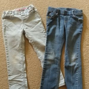 Set of 5T jeans